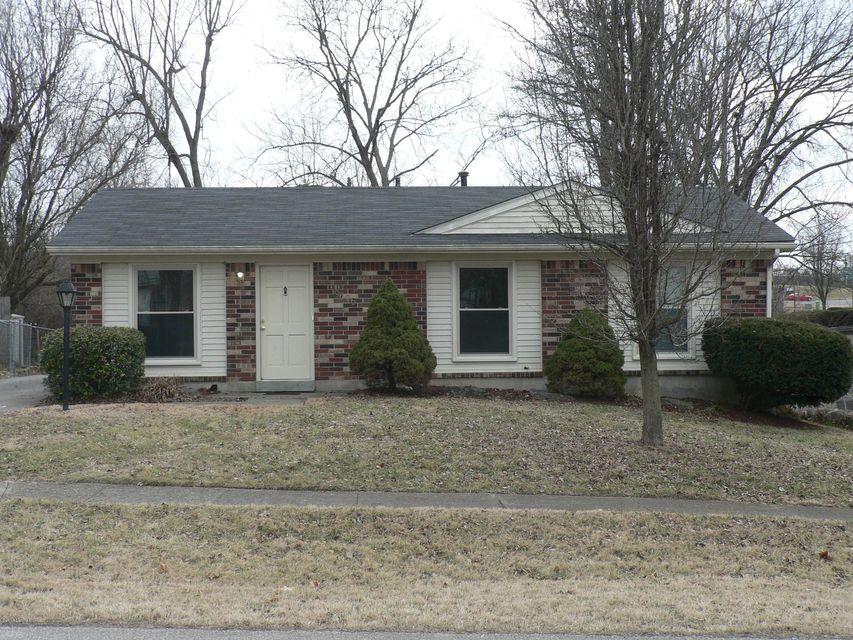 Single Family Home for Rent at 9606 Cedar Lake Drive 9606 Cedar Lake Drive Louisville, Kentucky 40291 United States