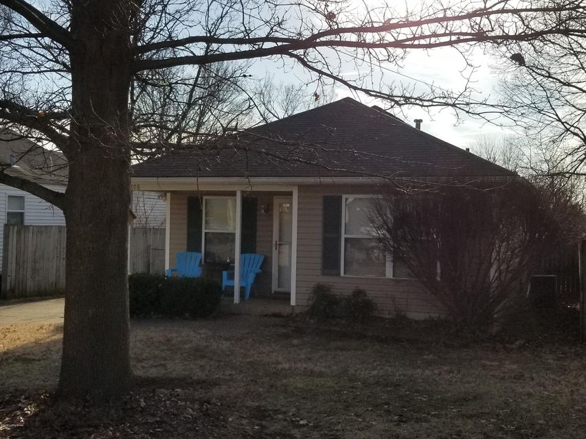 Single Family Home for Rent at 1808 Pershing Avenue 1808 Pershing Avenue Louisville, Kentucky 40242 United States