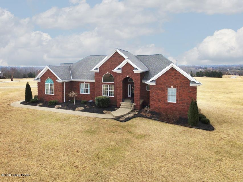Single Family Home for Sale at 19010 Hunt Country Lane 19010 Hunt Country Lane Louisville, Kentucky 40023 United States