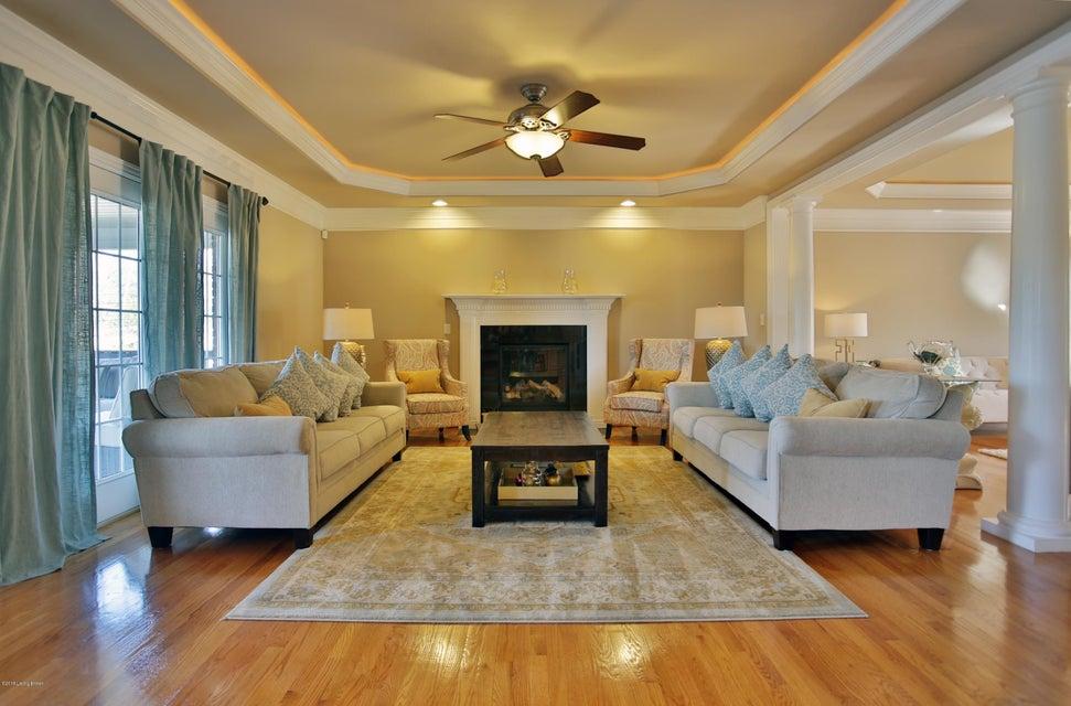 Additional photo for property listing at 6601 Leland Drive 6601 Leland Drive Crestwood, Kentucky 40014 United States
