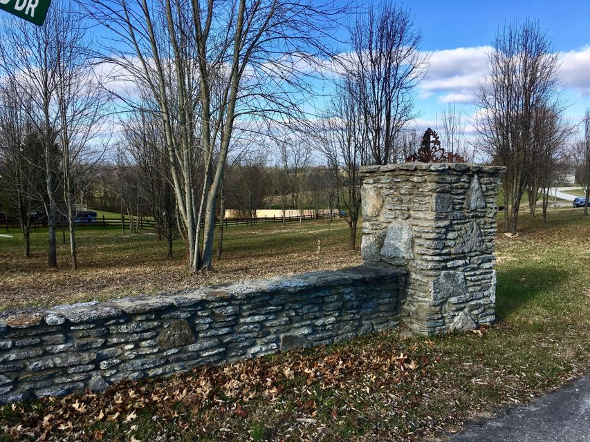 Land for Sale at Lot 2 Dawson Hill Lot 2 Dawson Hill Louisville, Kentucky 40299 United States