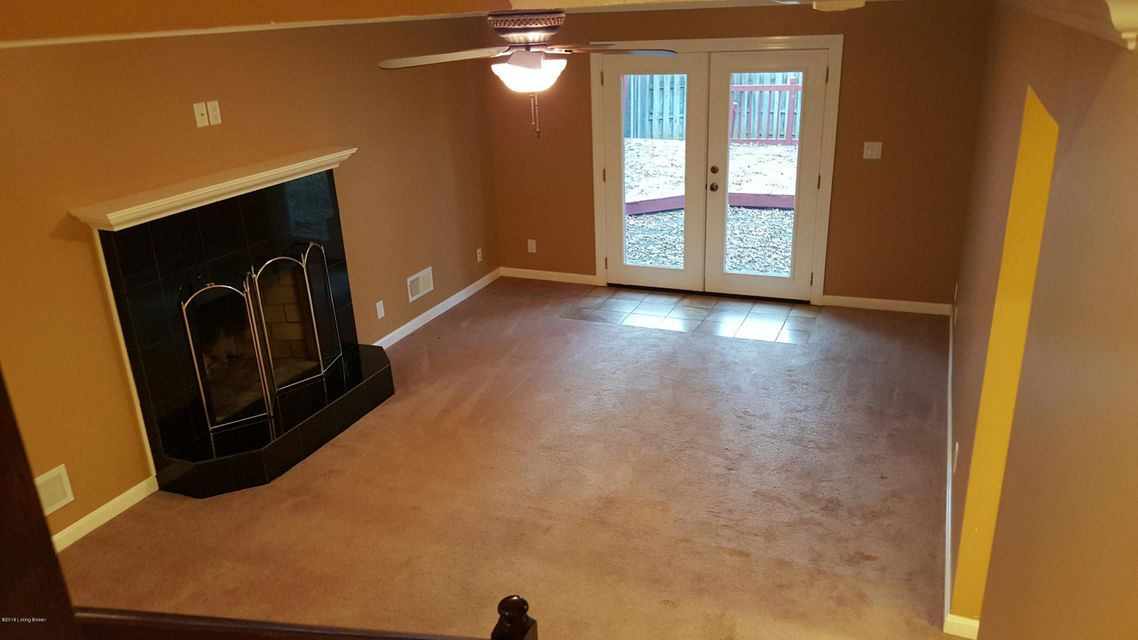 Additional photo for property listing at 8511 Image Way 8511 Image Way Jeffersontown, Kentucky 40299 United States