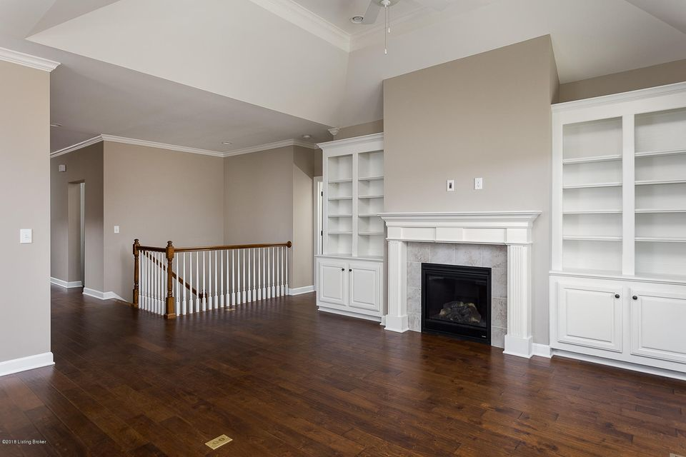 Additional photo for property listing at 4216 Calgary Way 4216 Calgary Way Louisville, Kentucky 40241 United States