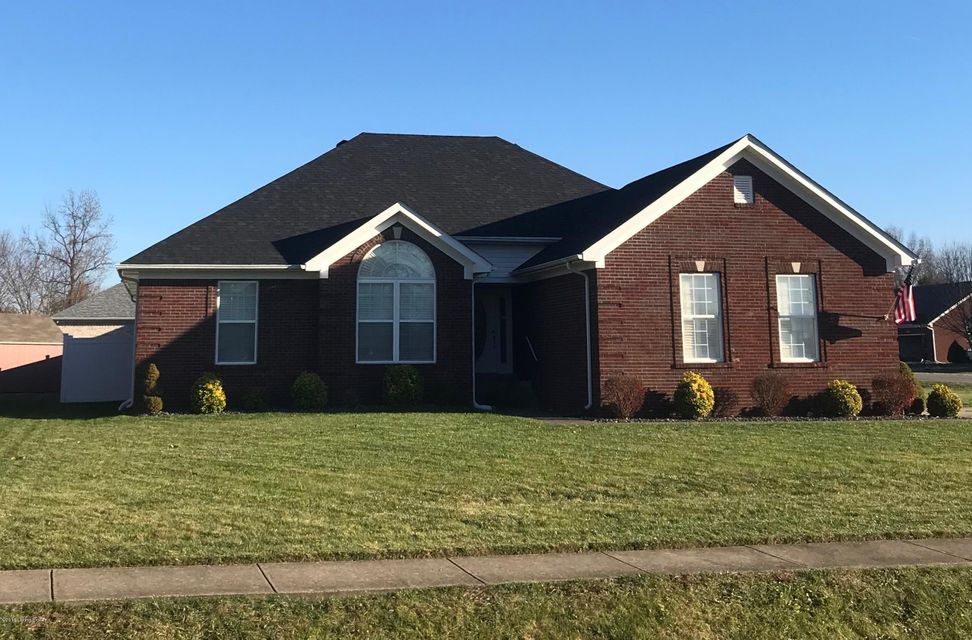 Single Family Home for Sale at 618 Shady Brook Lane 618 Shady Brook Lane Louisville, Kentucky 40229 United States