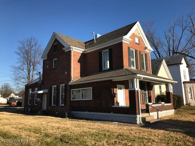 Single Family Home for Rent at 1913 Center Street 1913 Center Street New Albany, Indiana 47150 United States