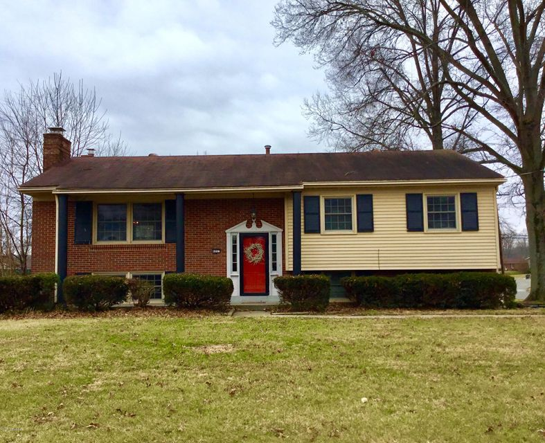 Single Family Home for Sale at 4007 Valley Station Road 4007 Valley Station Road Louisville, Kentucky 40272 United States