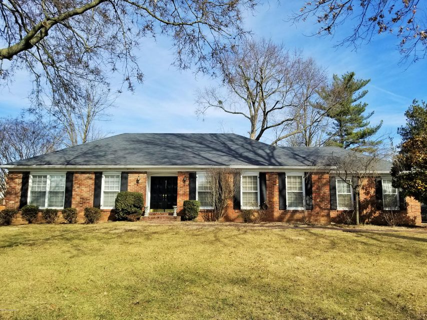 Single Family Home for Rent at 8203 Camberley Drive 8203 Camberley Drive Louisville, Kentucky 40222 United States