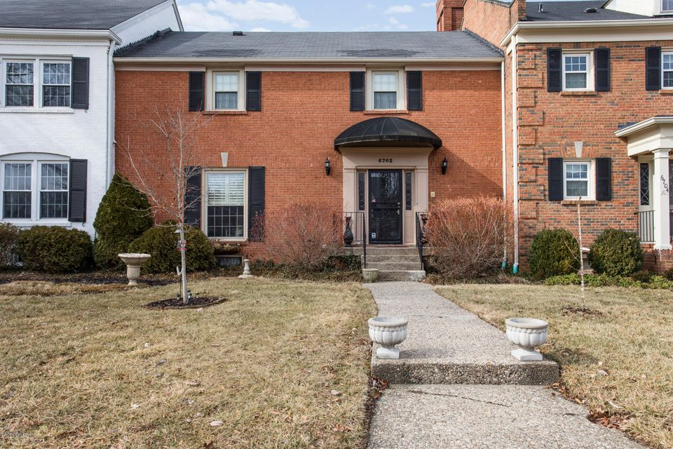 Condominium for Sale at 6702 Deep Creek Drive 6702 Deep Creek Drive Prospect, Kentucky 40059 United States