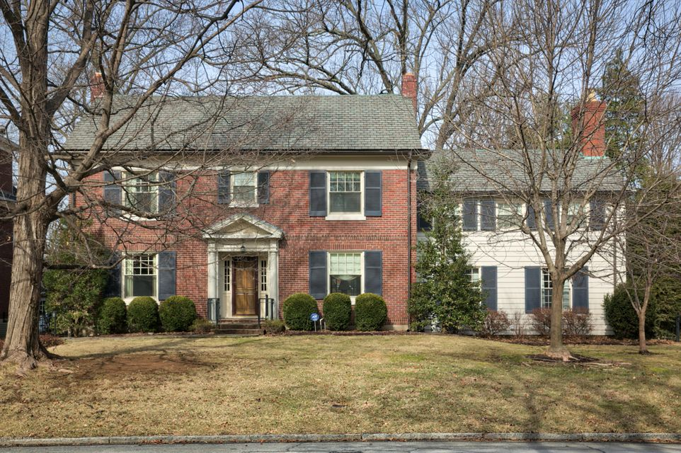 Single Family Home for Sale at 2225 Village Drive 2225 Village Drive Louisville, Kentucky 40205 United States