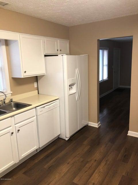 Additional photo for property listing at 2227 Garrs Lane 2227 Garrs Lane Louisville, Kentucky 40216 United States