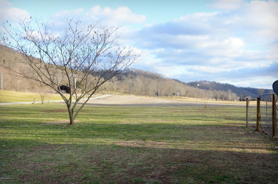 Additional photo for property listing at 7147 Burkhardt Bottom Road 7147 Burkhardt Bottom Road Milton, Kentucky 40045 United States