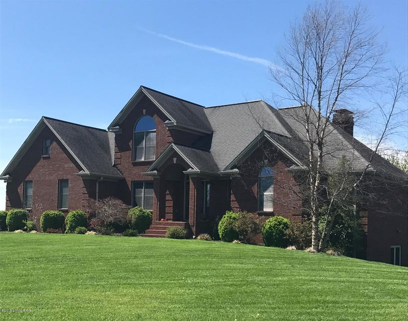 Single Family Home for Sale at 1010 Riley Lane 1010 Riley Lane Lawrenceburg, Kentucky 40342 United States