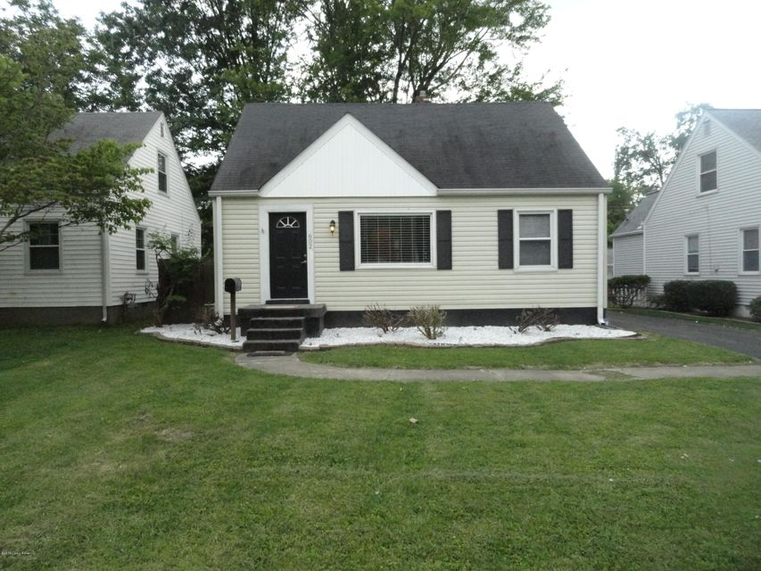 Single Family Home for Rent at 602 Harris Place 602 Harris Place Louisville, Kentucky 40222 United States