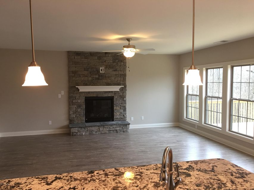 Additional photo for property listing at 18216 Hickory Woods Place 18216 Hickory Woods Place Fisherville, Kentucky 40023 United States
