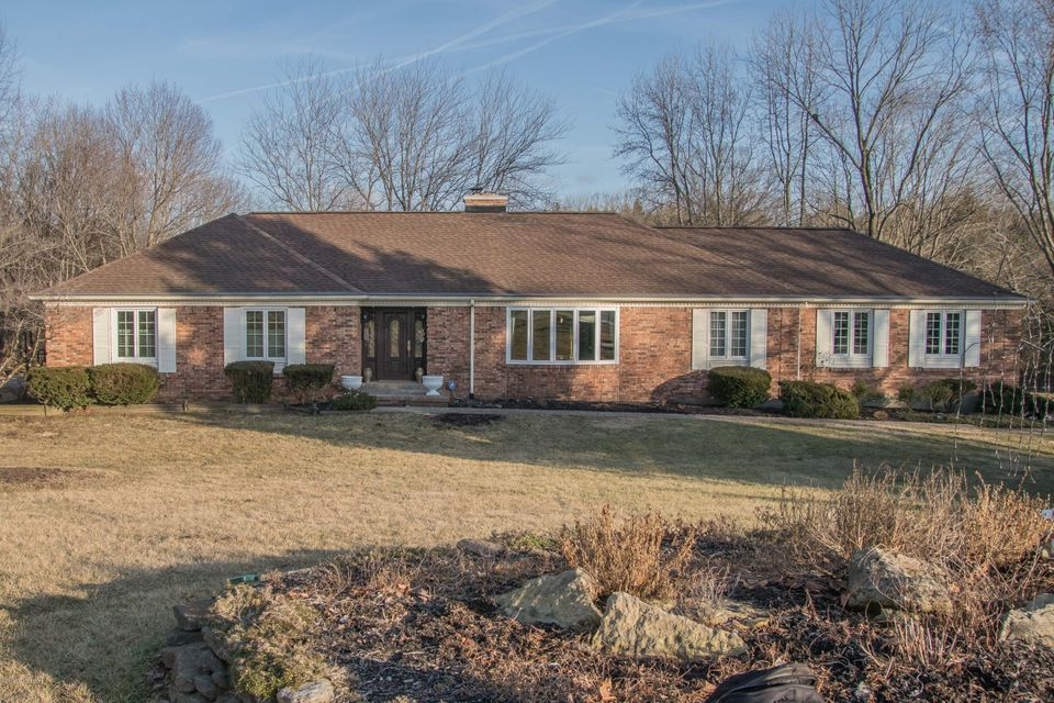 Single Family Home for Sale at 5709 Blueberry Drive 5709 Blueberry Drive Crestwood, Kentucky 40014 United States