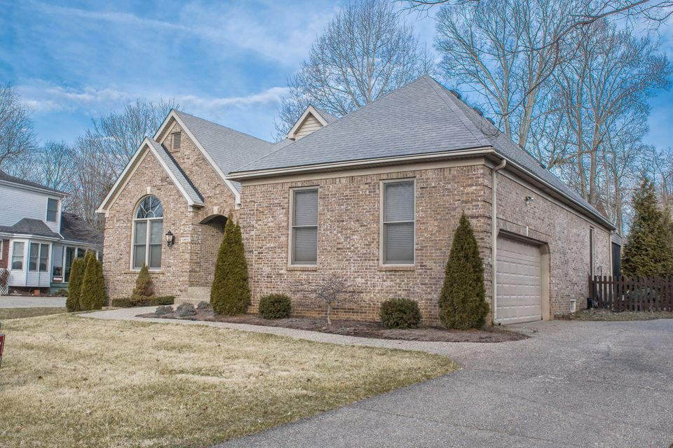 Single Family Home for Sale at 13615 Broken Branch Way 13615 Broken Branch Way Louisville, Kentucky 40245 United States