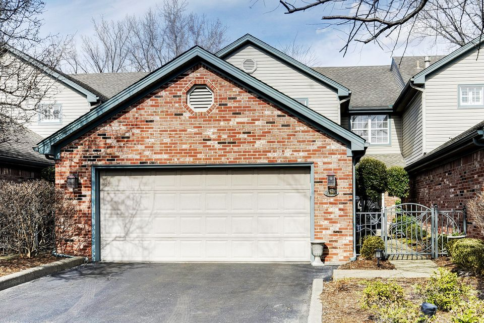 Condominium for Sale at 7007 Ridge Run Circle 7007 Ridge Run Circle Prospect, Kentucky 40059 United States