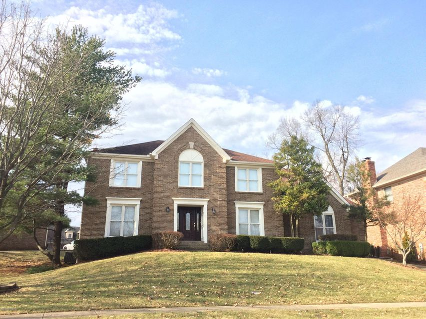 Single Family Home for Sale at 10816 Golden Maple 10816 Golden Maple Louisville, Kentucky 40223 United States
