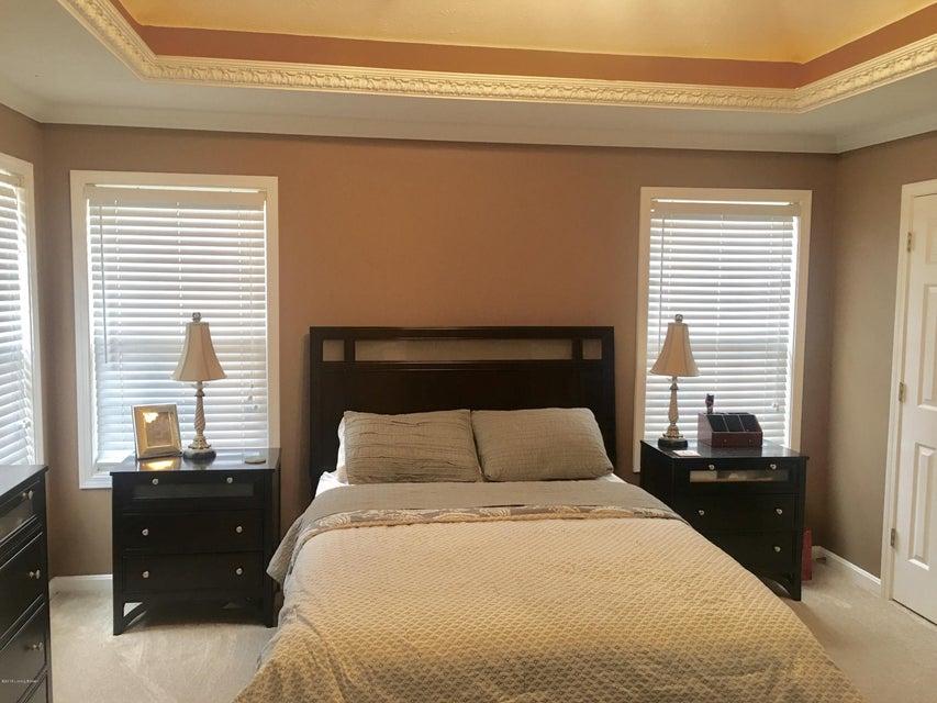Additional photo for property listing at 5227 Silverton Lane 5227 Silverton Lane Louisville, Kentucky 40241 United States