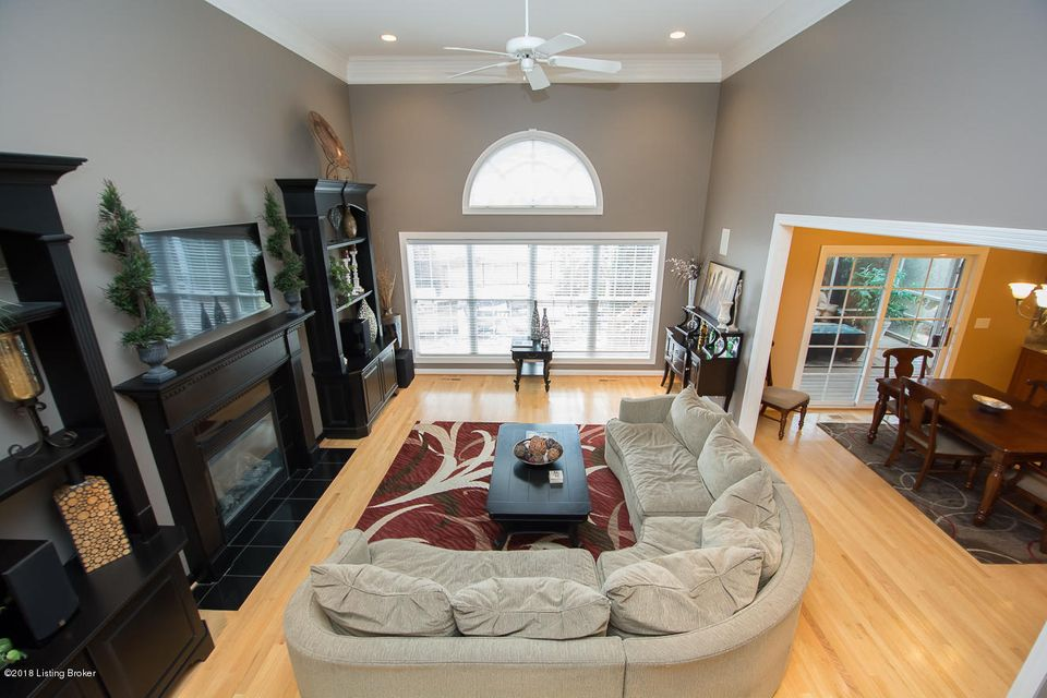Additional photo for property listing at 15308 Champion Lakes Place 15308 Champion Lakes Place Louisville, Kentucky 40245 United States