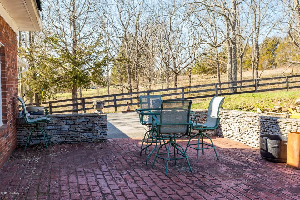 Additional photo for property listing at 10603 Broad Run Road 10603 Broad Run Road Louisville, Kentucky 40299 United States
