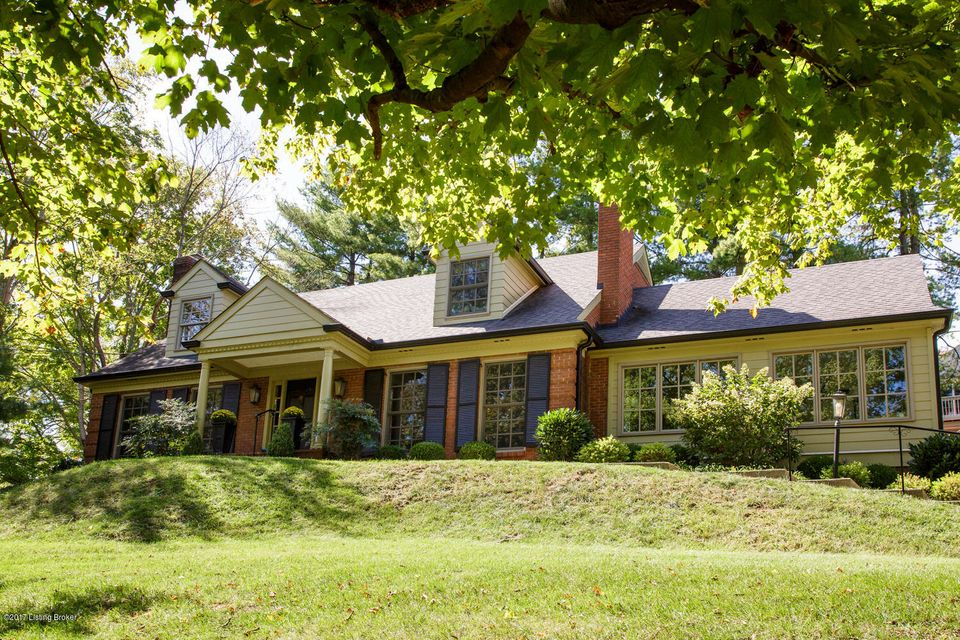 Single Family Home for Sale at 2430 Woodside Road 2430 Woodside Road Louisville, Kentucky 40207 United States