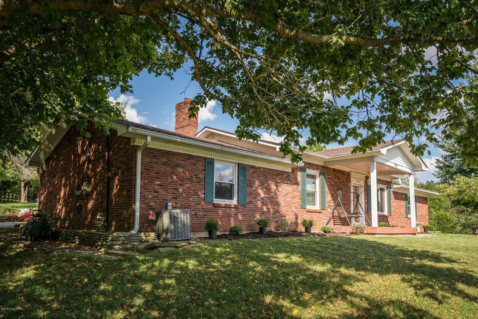Single Family Home for Sale at 10603 Broad Run Road 10603 Broad Run Road Louisville, Kentucky 40299 United States