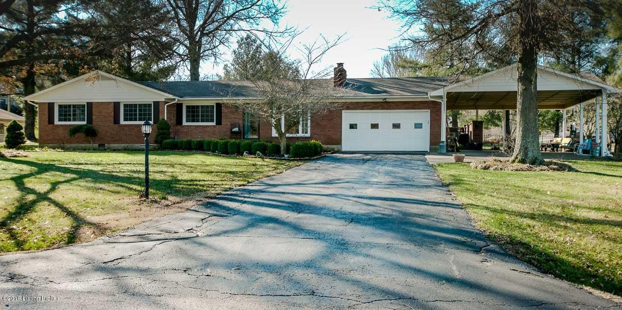 Single Family Home for Sale at 702 Valley Terrace Road 702 Valley Terrace Road Irvington, Kentucky 40146 United States