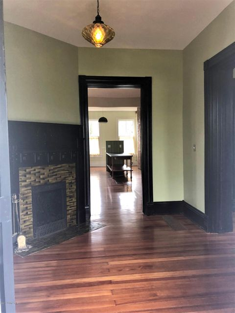 Additional photo for property listing at 1140 Everett Avenue 1140 Everett Avenue Louisville, Kentucky 40204 United States