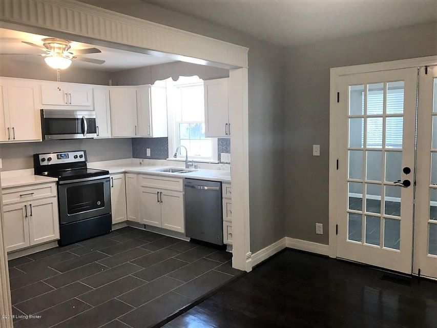 Additional photo for property listing at 4020 Plymouth Road 4020 Plymouth Road Louisville, Kentucky 40207 United States
