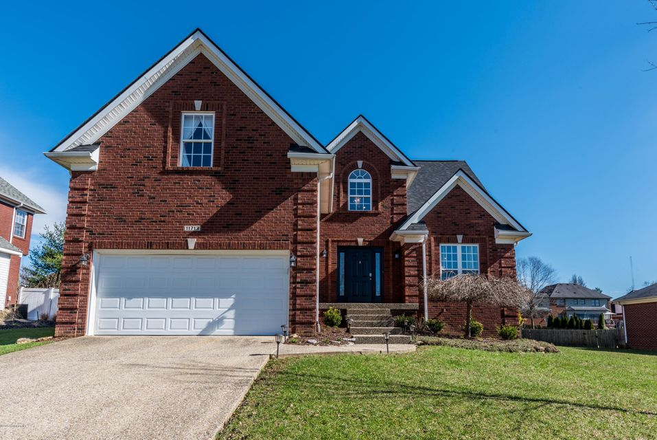 Single Family Home for Sale at 11713 Hancock Trace Court 11713 Hancock Trace Court Louisville, Kentucky 40245 United States