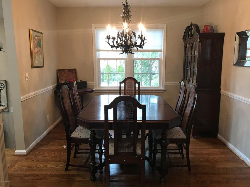 Additional photo for property listing at 9803 Lanesboro Way 9803 Lanesboro Way Louisville, Kentucky 40242 United States