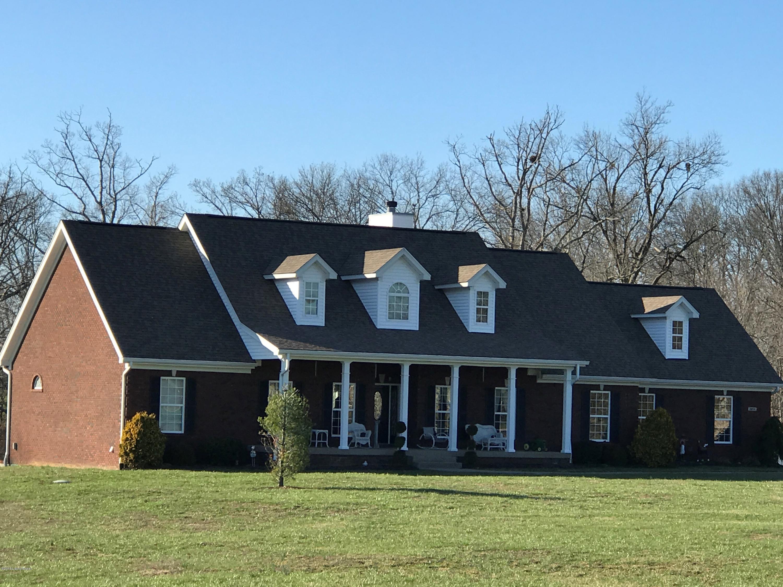 Single Family Home for Sale at 2850 Axton Lane 2850 Axton Lane Goshen, Kentucky 40026 United States