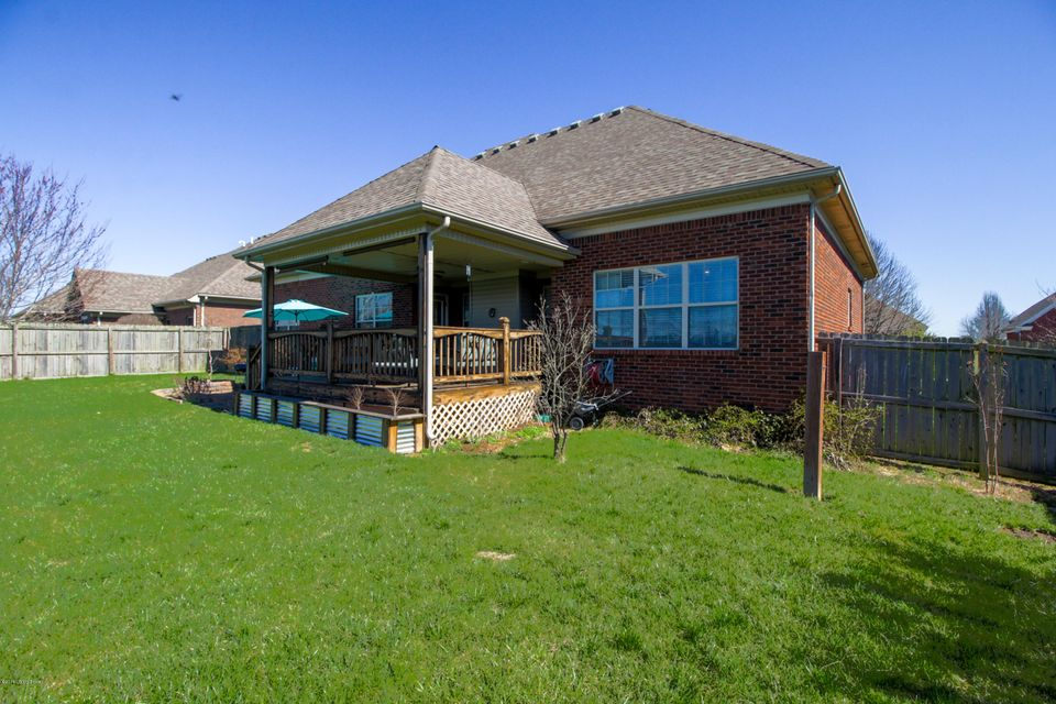 Additional photo for property listing at 151 Blossom Circle 151 Blossom Circle Shelbyville, Kentucky 40065 United States