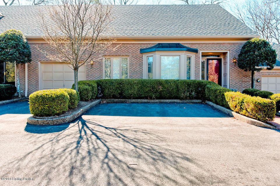 Single Family Home for Sale at 2601 Seminary Drive 2601 Seminary Drive Louisville, Kentucky 40241 United States