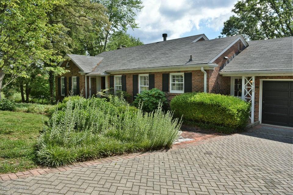 Single Family Home for Sale at 3720 Crocus Lane 3720 Crocus Lane Louisville, Kentucky 40207 United States