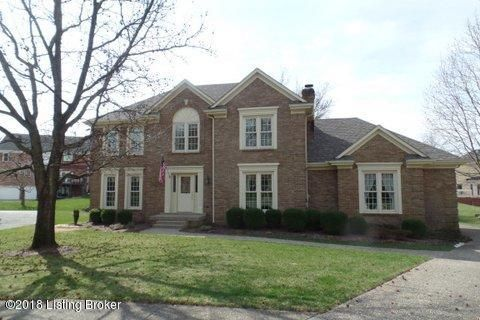 Single Family Home for Sale at 11002 Fox Moore Court 11002 Fox Moore Court Louisville, Kentucky 40223 United States
