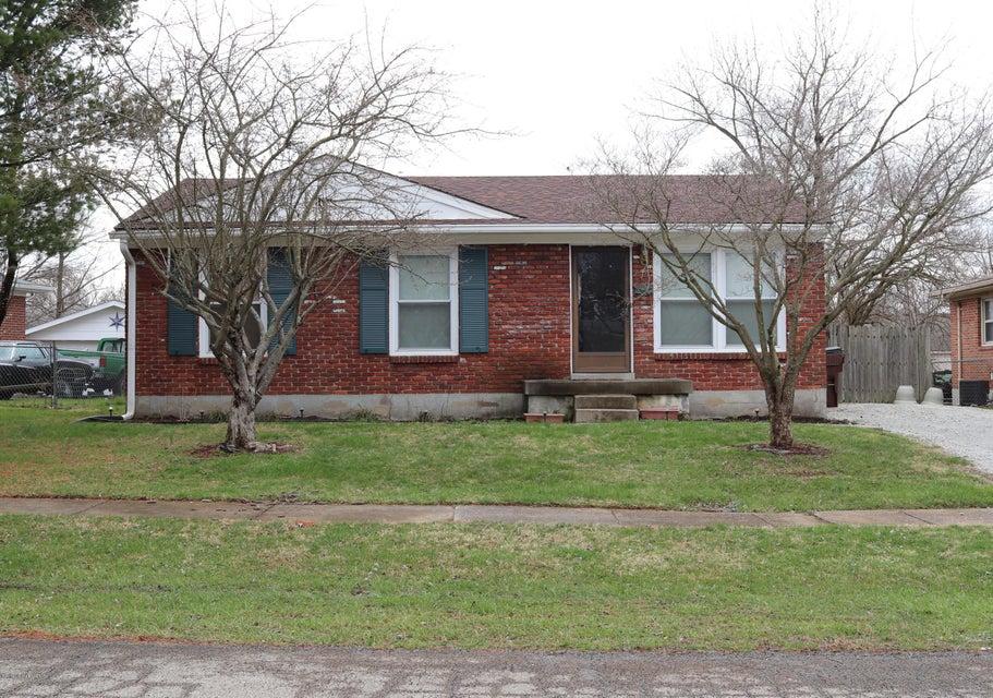 Single Family Home for Sale at 4008 Cutlass Court 4008 Cutlass Court Louisville, Kentucky 40229 United States