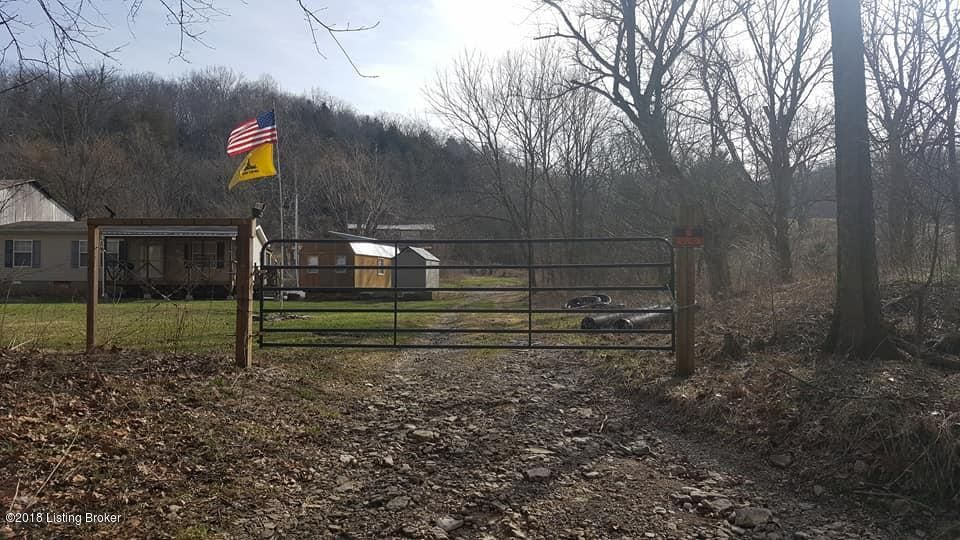 Single Family Home for Sale at 206 HENSLEY Road 206 HENSLEY Road Bedford, Kentucky 40006 United States