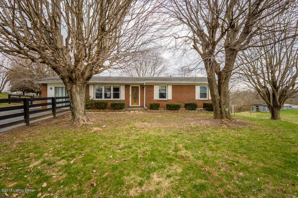 Single Family Home for Sale at 2140 Waddy Road 2140 Waddy Road Waddy, Kentucky 40076 United States