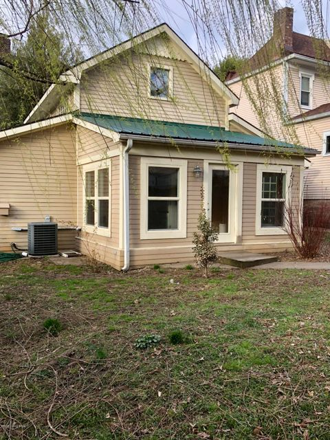 Additional photo for property listing at 2323 Sycamore Avenue 2323 Sycamore Avenue Louisville, Kentucky 40206 United States