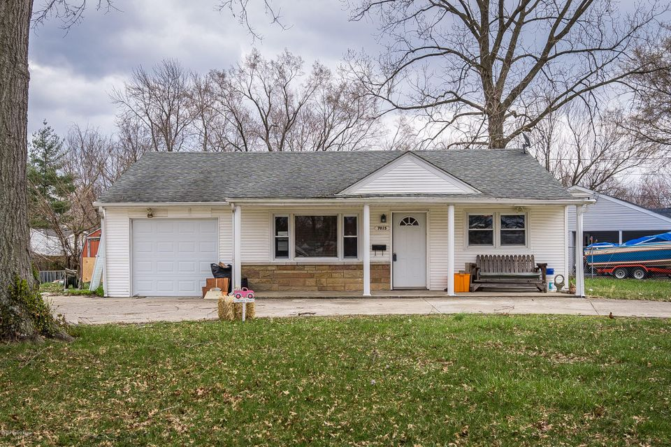 Single Family Home for Sale at 7015 Ethan Allen Way 7015 Ethan Allen Way Louisville, Kentucky 40272 United States