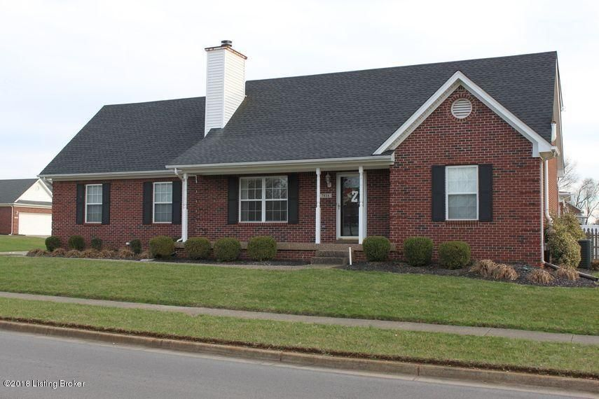 Single Family Home for Sale at 7816 Ridgehurst Place 7816 Ridgehurst Place Louisville, Kentucky 40299 United States