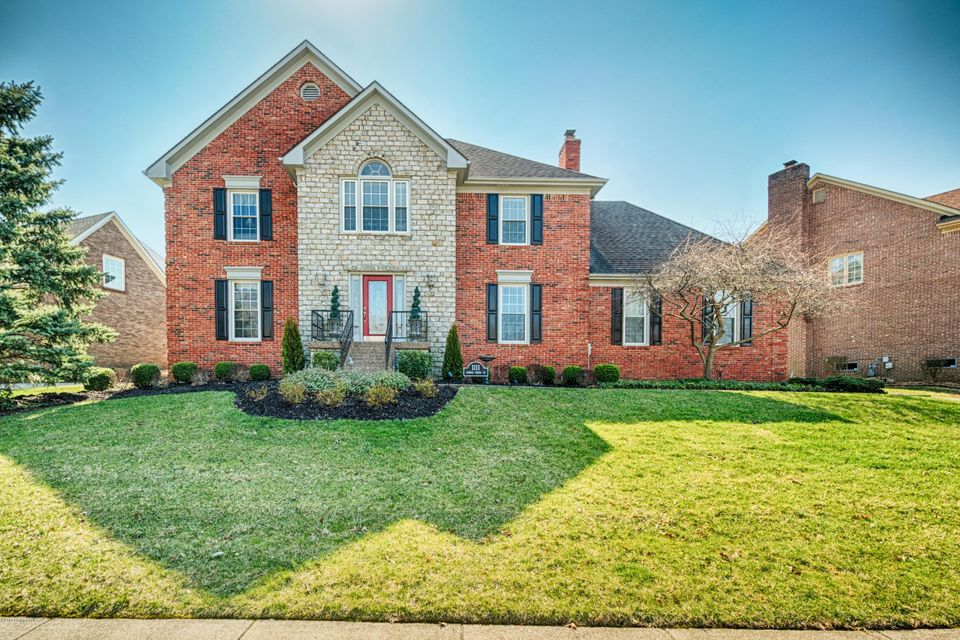 Single Family Home for Sale at 1111 Garden Creek Circle 1111 Garden Creek Circle Louisville, Kentucky 40223 United States