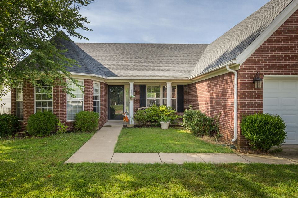 Single Family Home for Rent at 9412 Chanteclair Drive 9412 Chanteclair Drive Prospect, Kentucky 40059 United States
