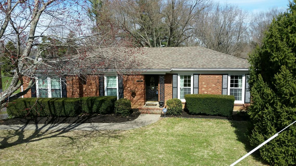 Single Family Home for Sale at 1003 Forest Lane 1003 Forest Lane Goshen, Kentucky 40026 United States