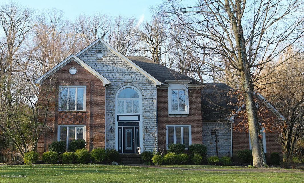 Single Family Home for Sale at 8814 Linn Station Road 8814 Linn Station Road Louisville, Kentucky 40222 United States