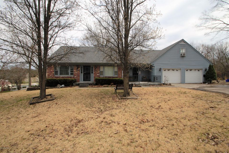 Single Family Home for Sale at 288 Pine And Oak Drive 288 Pine And Oak Drive Lebanon Junction, Kentucky 40150 United States