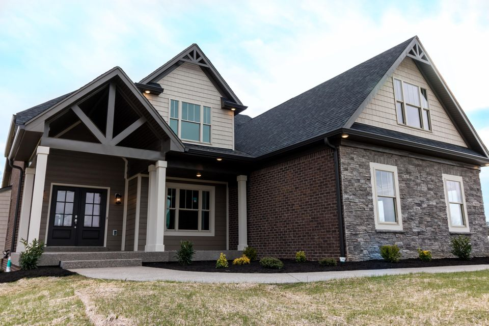 Single Family Home for Sale at 1013 Windsor Drive 1013 Windsor Drive Shelbyville, Kentucky 40065 United States