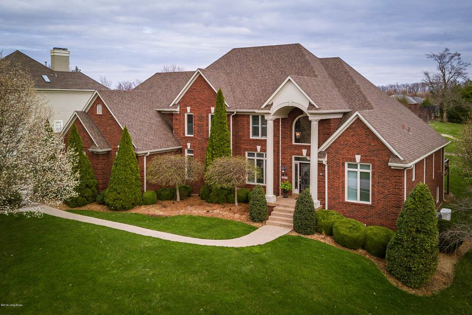 Single Family Home for Sale at 2003 Arnold Palmer Blvd 2003 Arnold Palmer Blvd Louisville, Kentucky 40245 United States